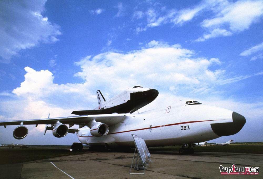 世界军用飞机的分类 - 载道扬 - 谁在悬崖沏一壶茶。。。