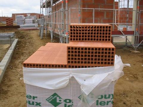 法国的空心粘土砖 - pfspfs666.popo - 反三的博客