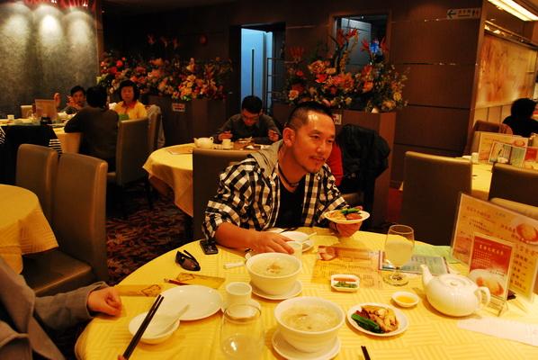 【香港篇10】贵地铜锣湾,也有便宜餐 - 行走40国 - 行走40国的博客