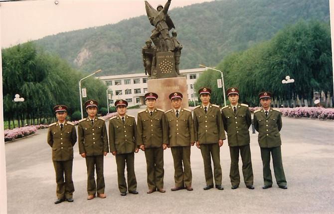 原125部队的团首长 - 113wz - 野狼125的博客