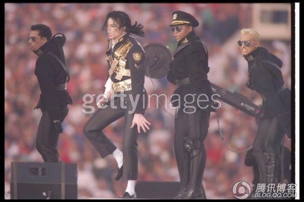 mj影视凋落的罂粟-细数流行乐之王迈克尔 杰克逊的体育情结 图