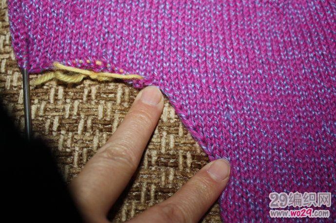 手工编织宠物毛衣