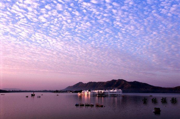 晨光下沐浴的印度人-乌黛普尔 - Y哥。尘缘 - 心的漂泊-Y哥37国行