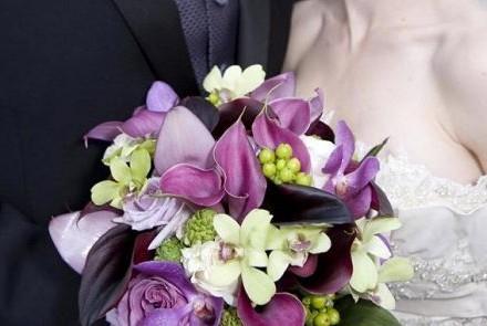 打造时尚性感新娘之—新娘手捧花的设计制作
