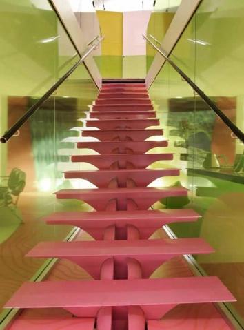Karim Rashid移动房室内设计 - wei70 - 余生将与钢为伍?的博客