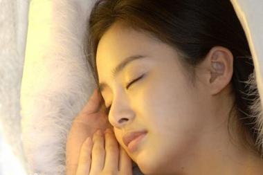 睡前10招让你醒来好气色 - 玫瑰夫人 -