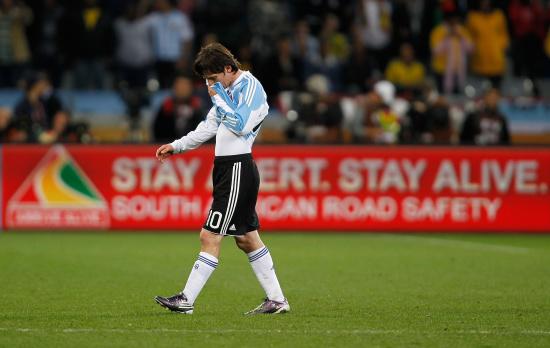 图文-[1/4决赛]德国4-0阿根廷梅西在比赛后