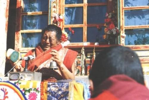 引用 [图文]法王流泪了(阿明) - 藏传佛教 -     回向众生