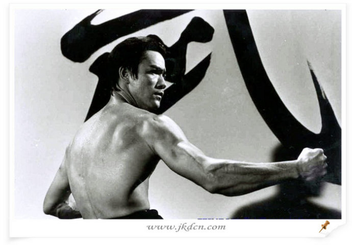 李小龙原著中文版独家版权连载《李小龙专项训练:前臂》