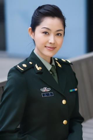 军人相册----美女军官 - 披着军装的野狼 - 披着军装的野狼