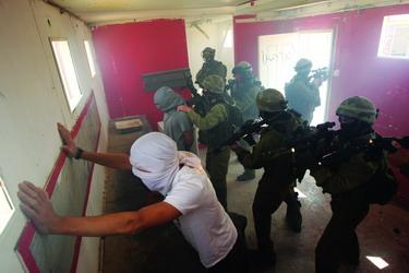 专访以色列国际反恐政策研究所所长博阿兹.盖诺 - 外滩画报 - 外滩画报 的博客
