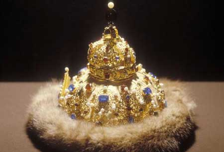 世界各国的王冠 - 春 雨 润 大 地 - 春 雨 润 大 地