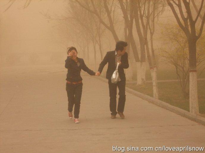 沙尘暴袭击甘肃 - 飘 - 上善若水