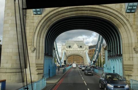 车过伦敦大桥 - pwezxjg - 凝听静思