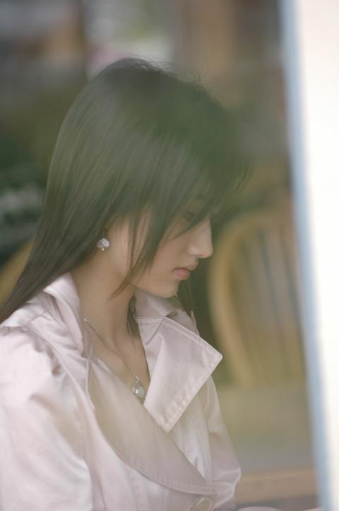 【甜甜迷人的小女生】  - 美女--何乐不为 - 学习、娱乐、开心你我她!