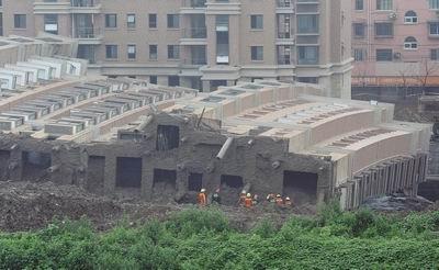 论一幢大楼的倒掉 - 刘放 - 刘放的惊鸿一瞥