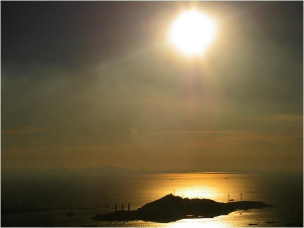 [原]南山顶上看深圳 - Tarzan - 走过大地