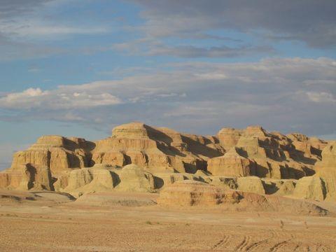 新疆: 布尔津 克拉玛依魔鬼城  - 如果 - 我的博客