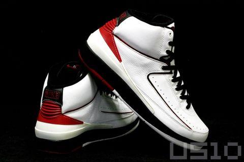 飞翔的AIR JORDAN 2 - US10 - US10的鞋子们的故事