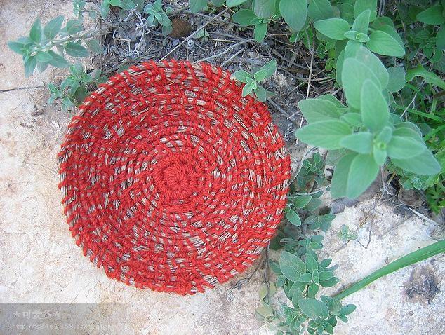 平凡中的真切废弃布条编织物——osnat