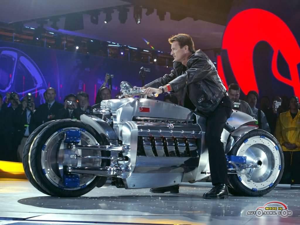 世界上速度最快最昂贵的摩托车 道奇战斧 8 o 8 o 的博客高清图片