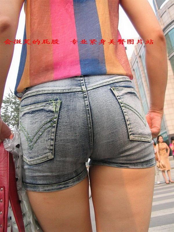 【转载】会微笑的屁股: 太阳光下的热裤美臀 - 燕bb - bannichyan 的博客