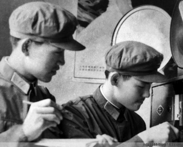 【原创】闪亮的军人岁月 - 屲林坡 - 屲林坡的博客