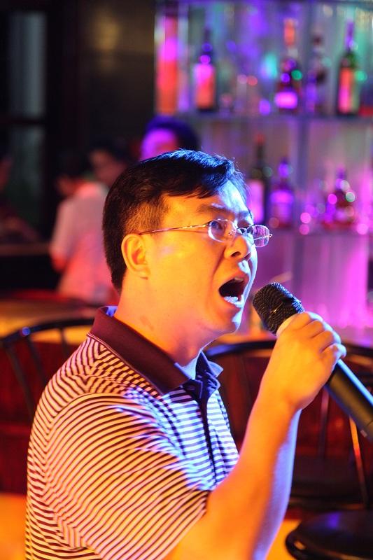 同学情家属谊 - 刚峰先生 - 天涯横呤