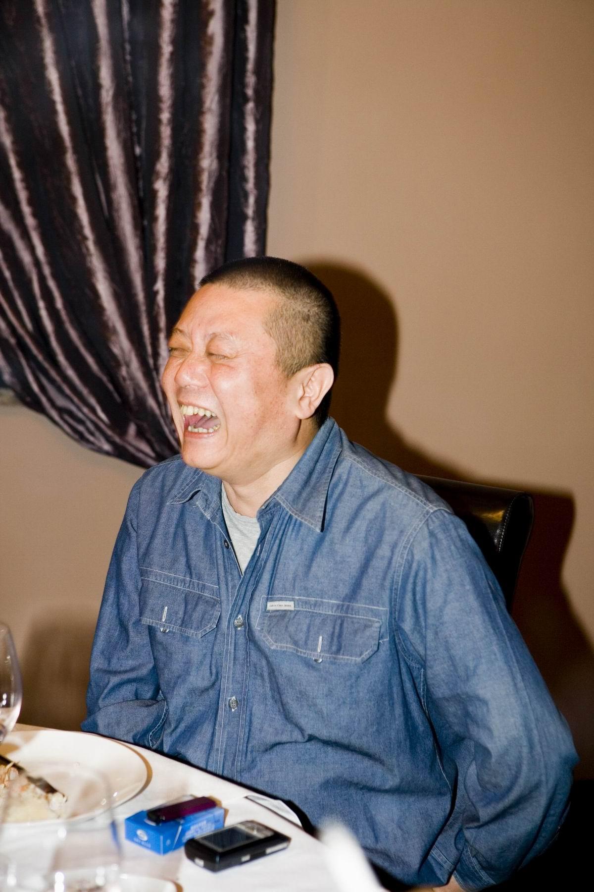 王朔在天下美食厨房吃晚饭之一 - 沈宏非 - 馋宗大师