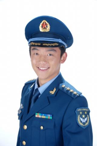引用 穿空军新式军装的郑凯 - 若相依不相弃 - 青盲