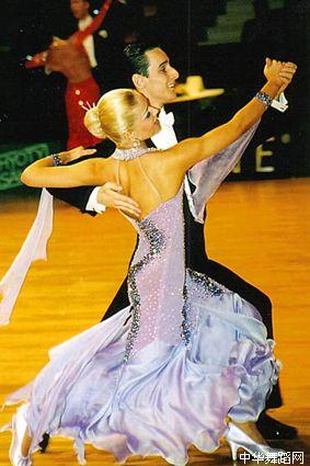 今夜,我们来跳舞(原创) - yellowswan - yellowswan  之梦