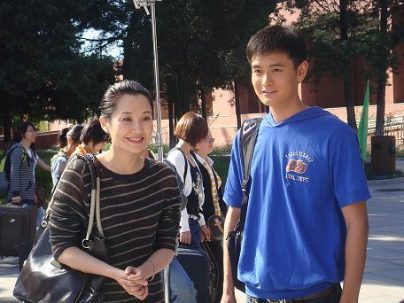 《同龄人》杀青 看我怎么挑战18岁 - 王雨 - 王雨 的博客