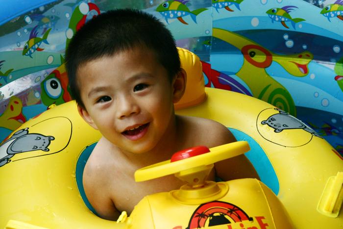 我儿子的游泳池 - 刘炜大老虎 - liuwei77997的博客