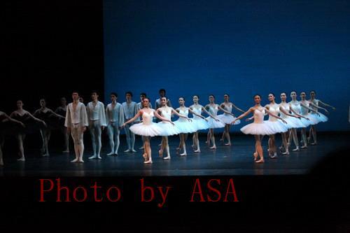 到北大看中芭的芭蕾舞《练习曲》和《卡门》 - 懒蛇阿沙 - 懒蛇阿沙的博客