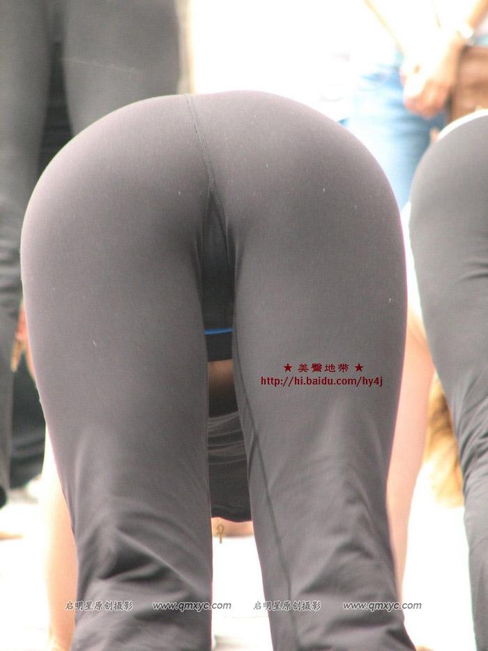 【转载】街头紧身裤美女瑜迦表演 - wujunshu123 - wujunshu123的博客