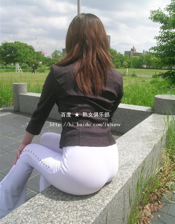 [精]顶级性感少妇诱惑白裤,超强刺激!(高清5P) - ponykey - ponykey的博客