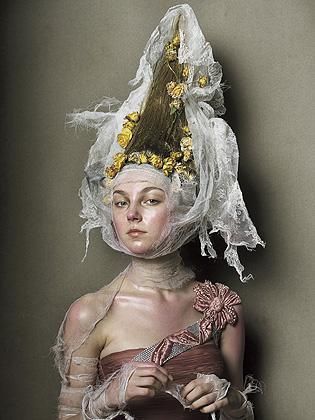 Steven Meisel时尚摄影欣赏(古典与华丽) - 五线空间 - 五线空间陶瓷家饰