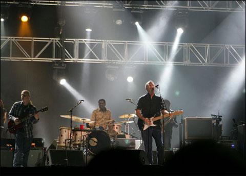 在上海听埃里克﹒克莱普顿的演唱会 - 潘石屹 - 潘石屹的博客