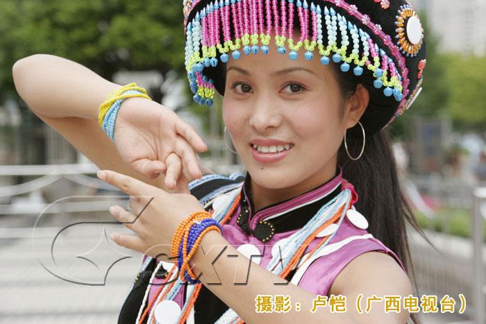 【转载】引用 引用 中国56个民族美女,哪一个民族的最美? - 524974394 - 524974394的博客
