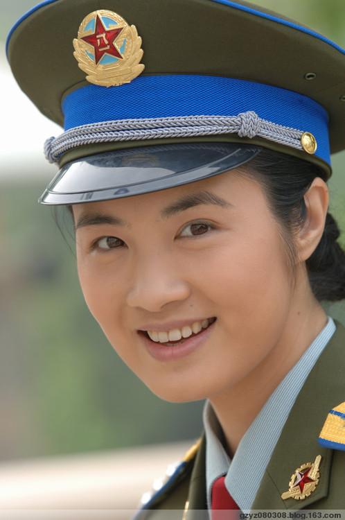 【原创】女兵的风采(音画图文) - 子 衿 - 青 青 子 衿,悠 悠 我 心!