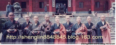 介紹釋聖林法師 - 云游僧和尚 - 馬來西亞~ 云游僧~ 釋聖林的百宝袋