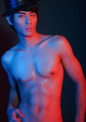 北京电影学院帅哥余建性感裸照9313; - 110414 - 左岸麦田の魔男志