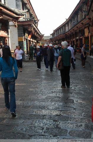 [风光摄影]好喜欢,云南(10)--喜欢丽江大研街巷的石板路 - 松江蓑笠翁hitcdw - hitcdw摄影、旅游