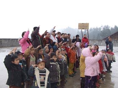 村里的路和村外的帮助 - 李响 - 李响 的博客