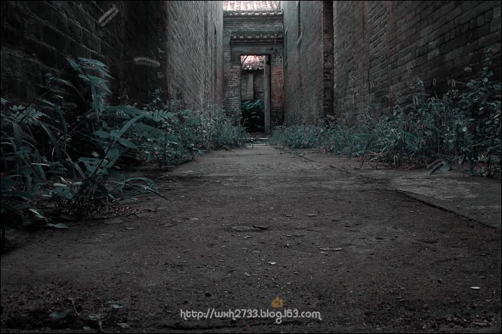 阴森欧式街道图