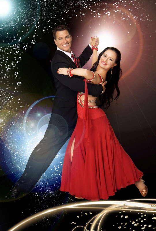 摩登舞是爱人 拉丁舞是情人 - 故乡情国际标准舞专辑           - 故乡情怀