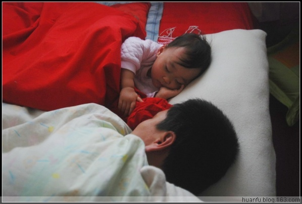 (12.5)家有千金494天:睡觉的样子。 - AF摄影(蹈海踏浪) - 青岛AF摄影工作室