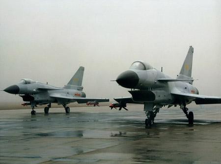 美媒体:歼10战机亚洲无敌 可识别隐身战机
