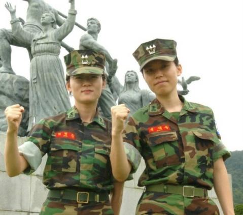 引用 引用 世界各国女兵欣赏 - moccashenyang的日志 - 网易博客 - 潘金莲 - ybj4302481@126 的博客