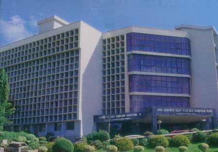 大的医疗集团【阿波罗医疗集团】下属的医院,都是私立的,阿波罗